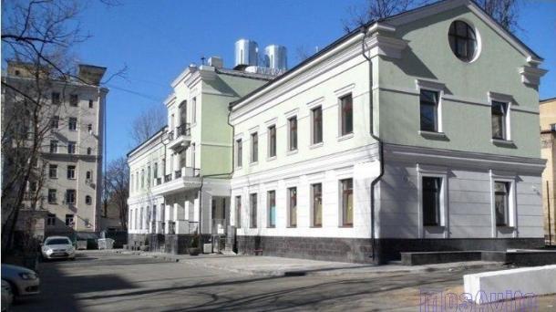 Здание 2390 м2 , метро Динамо