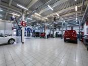 Дилерский автосалон автосервис 1-я линия 1500 м2
