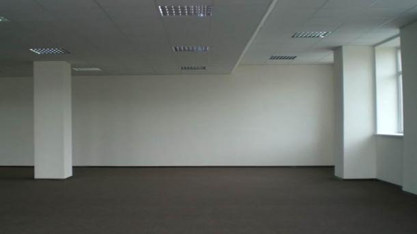Сдаю офисное помещение 8000м2,  метро Павелецкая