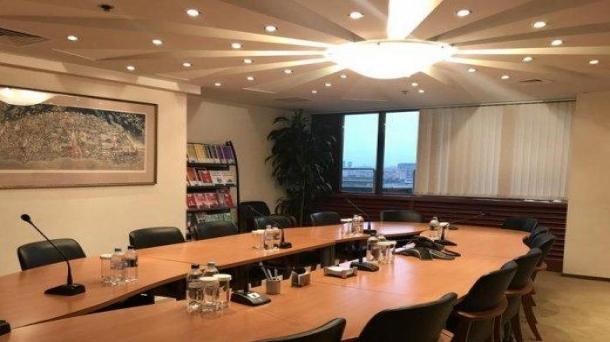 Сдам офисное помещение 1352.64м2,  Москва