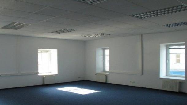Сдам в аренду офис 73.5м2,  155379руб.