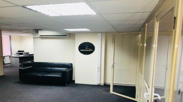 Сдам в аренду офис 163.3м2, 272222руб., метро Братиславская