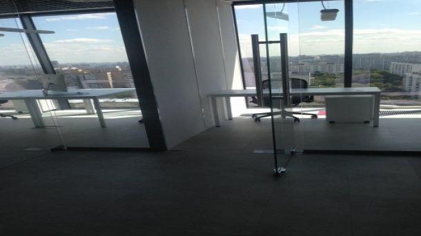 Аренда офисного помещения 198м2,  ,