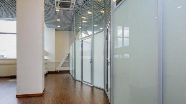 Аренда офисного помещения 73.9м2,  109003руб.