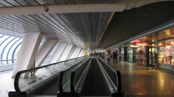 Аренда торговой площади 30м2, 150000руб., метро Водный стадион