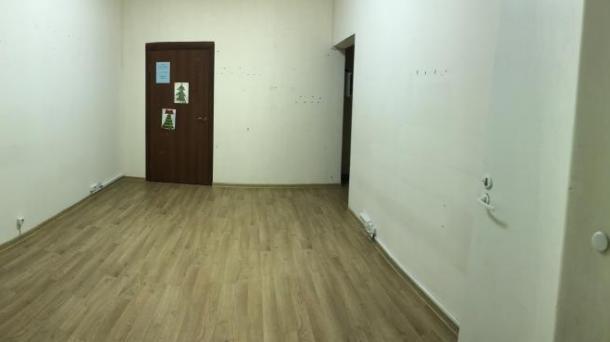 Офис 14м2, ул Алтайская,  д 4