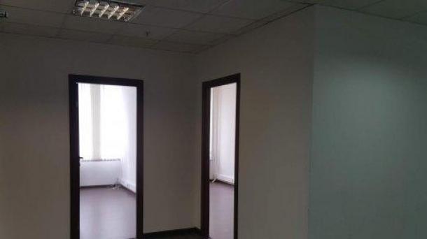 Сдам в аренду офисное помещение 272м2, 317424руб., метро Бутырская