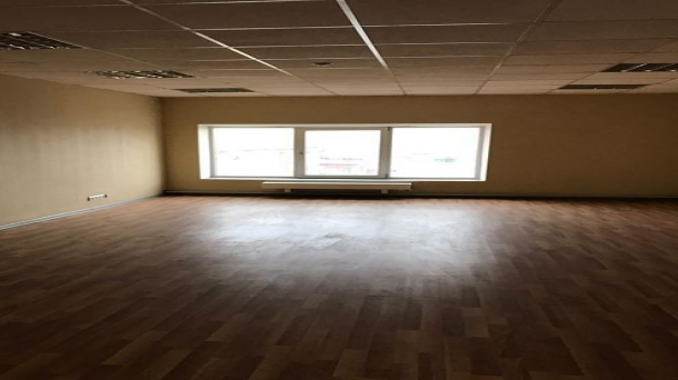 Площадь под офис 171.7м2,  6000руб.
