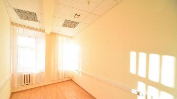 Офисное помещение 381.1м2,  762200руб.