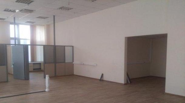 Сдам офисное помещение 117.5м2,  метро Электрозаводская