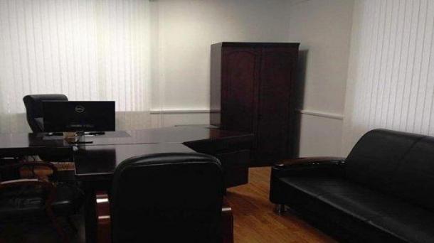 Аренда офисного помещения 185м2,  262145руб.