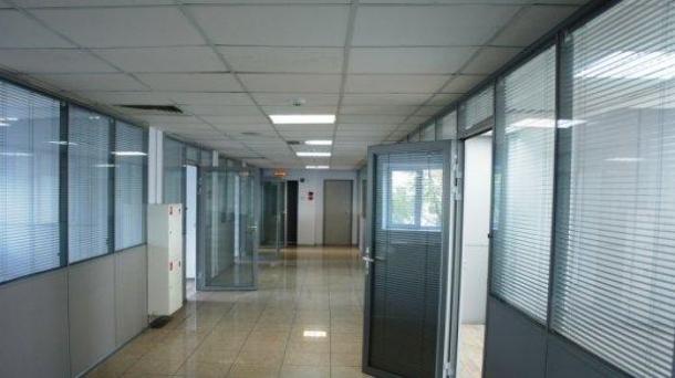 Офис 666.7м2, улица Короленко, 3