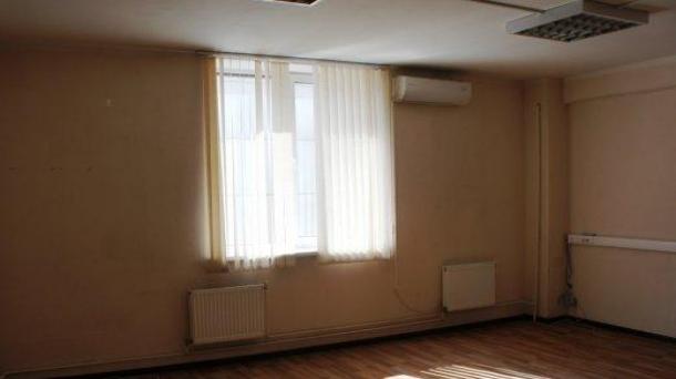 Офис 37.3м2, улица Плеханова, 17