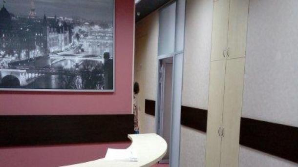 Сдам офис 161.4м2, метро Новокузнецкая, 530038руб.