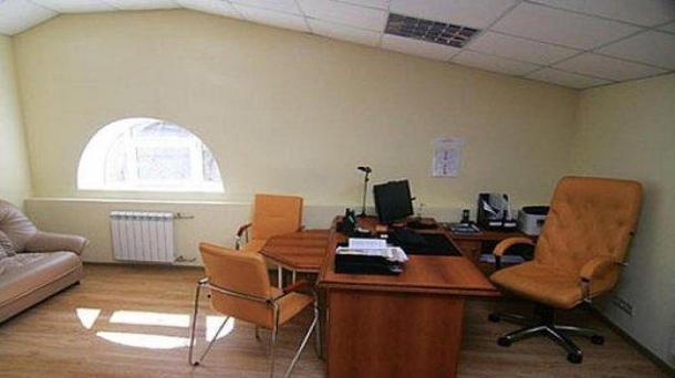 Аренда офисного помещения 70м2,  метро Театральная