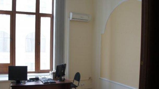 Офис в аренду 262м2, Москва, 439898руб.
