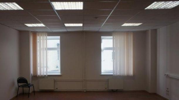 Сдаю офисное помещение 45м2,  76500руб.