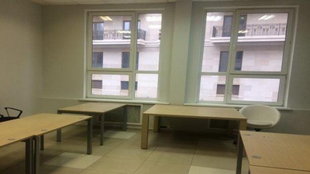 Сдам офис 212.8м2, 322180руб., метро Таганская