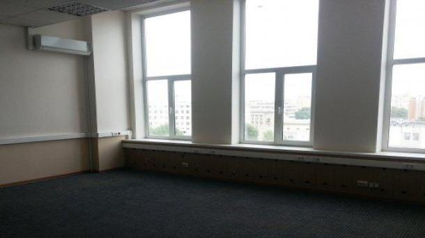 Сдам в аренду офис 42м2,  52500руб.
