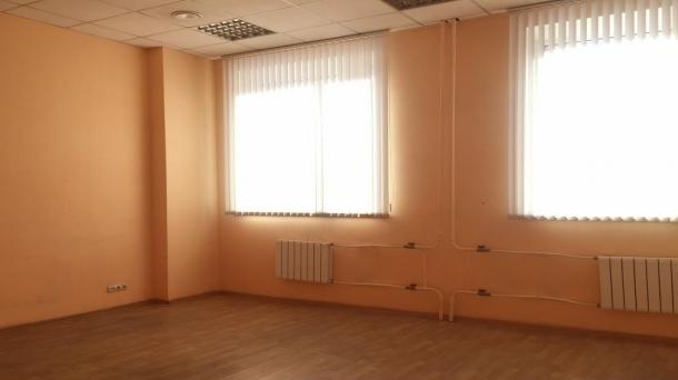 Аренда офиса 30.6м2, 4500руб., метро Курская