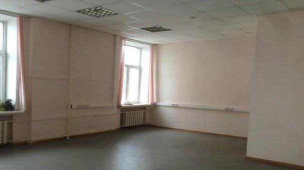 Офис 49.72 м2 у метро Римская