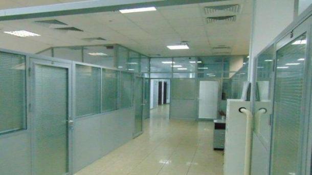 Офис 219м2, улица Короленко,  3
