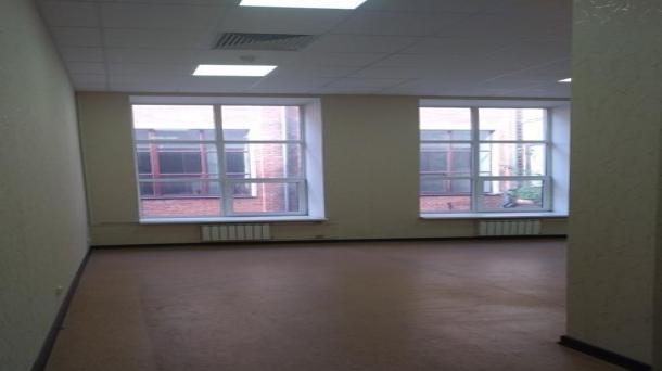 Сдаю офисное помещение 97.3м2, 760руб.,