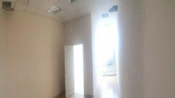 Сдам в аренду офисное помещение 40.5м2,  39488руб.