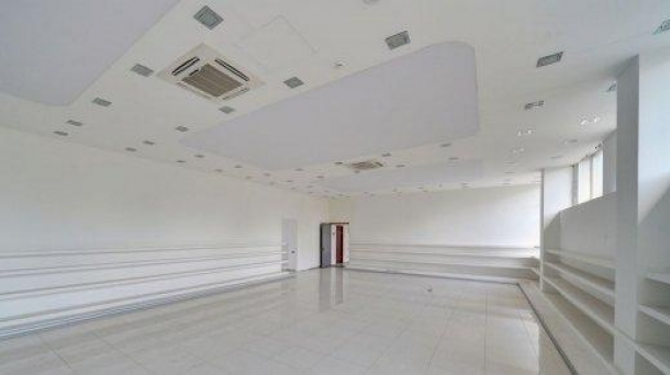 Офис 200 м2 у метро Пражская