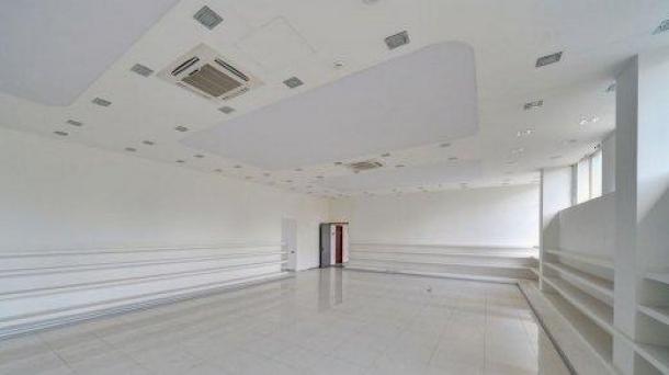 Офис 293 м2 у метро Пражская
