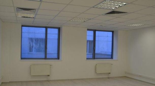 Офис 33.9 м2 у метро Полянка