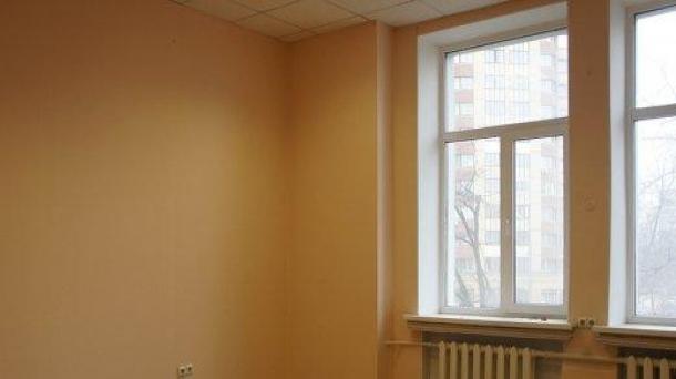 Офис 16.3 м2 у метро Римская